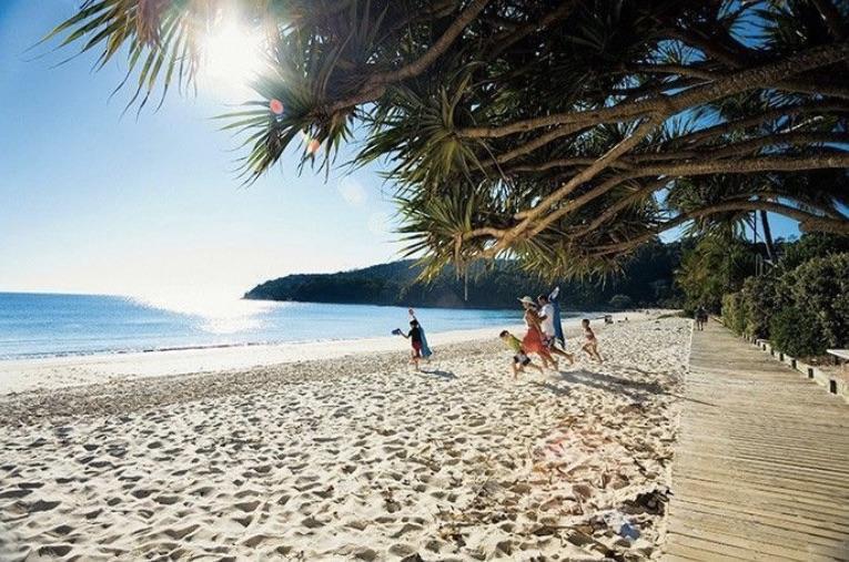 Noosa Beach, Sunshine Coast, QLD